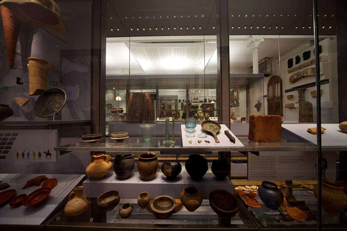 ©-Royal-Albert-Memorial-Museum_24-Making-History-10688.098-copy